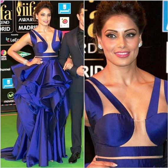 Bipasha Basu And Karan Looking Absolutely Fabulous At IIFA