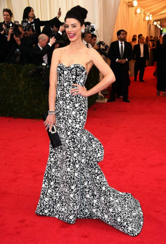 Jessica Pare Attends The 2014 Met Gala