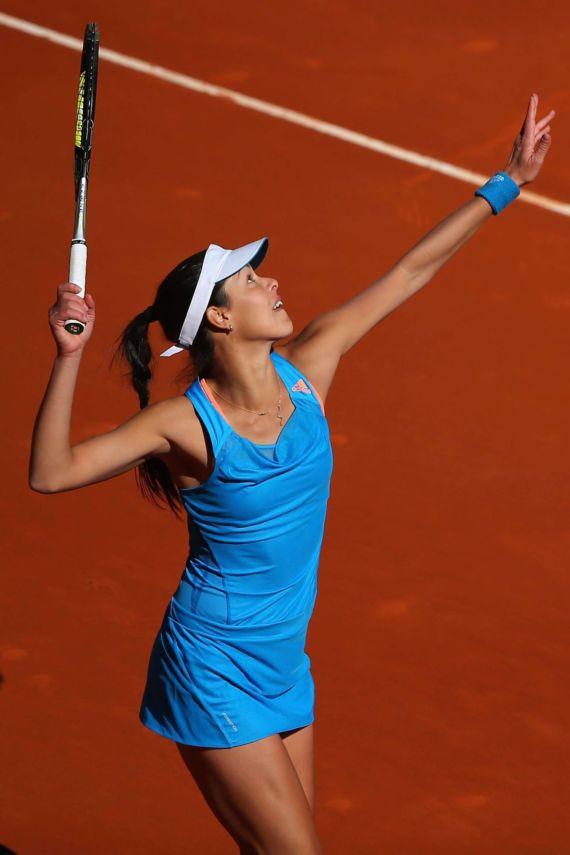 Ana Ivanovic Playing 2014 Mutua Madrid Open
