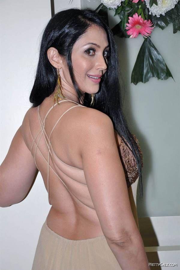 Gorgeous Kalpana Pandit Latest Pictures